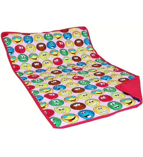 Why don't you make sleep time more fun with bright blankets adorned with images of popular smart phone games, cartoon characters, superheroes, and cute animals? Opt for our kids' furnishings and find your child turning in early to enjoy the warmth of his or her favorite quilt. Shop from wide range of kid's blankets and quilts online at Pepperfry.com