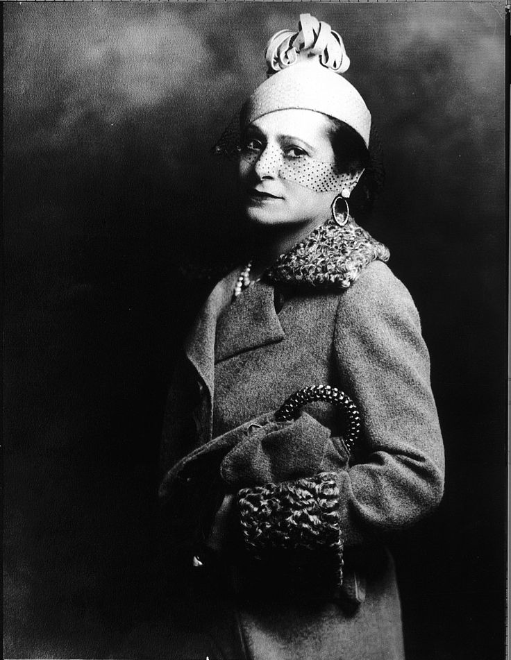 Self-made makeup mogul Helena Rubinstein arrived in Australia in 1902, a penniless Polish immigrant. She didn't remain poor for long though. Noting the prematurely aged state of complexions in this country, Rubinstein introduced Australian women to the benefits of moisturiser. Her business eventually grew into an international cosmetics empire. By the time of her death in 1965, she was one of the world's richest women.