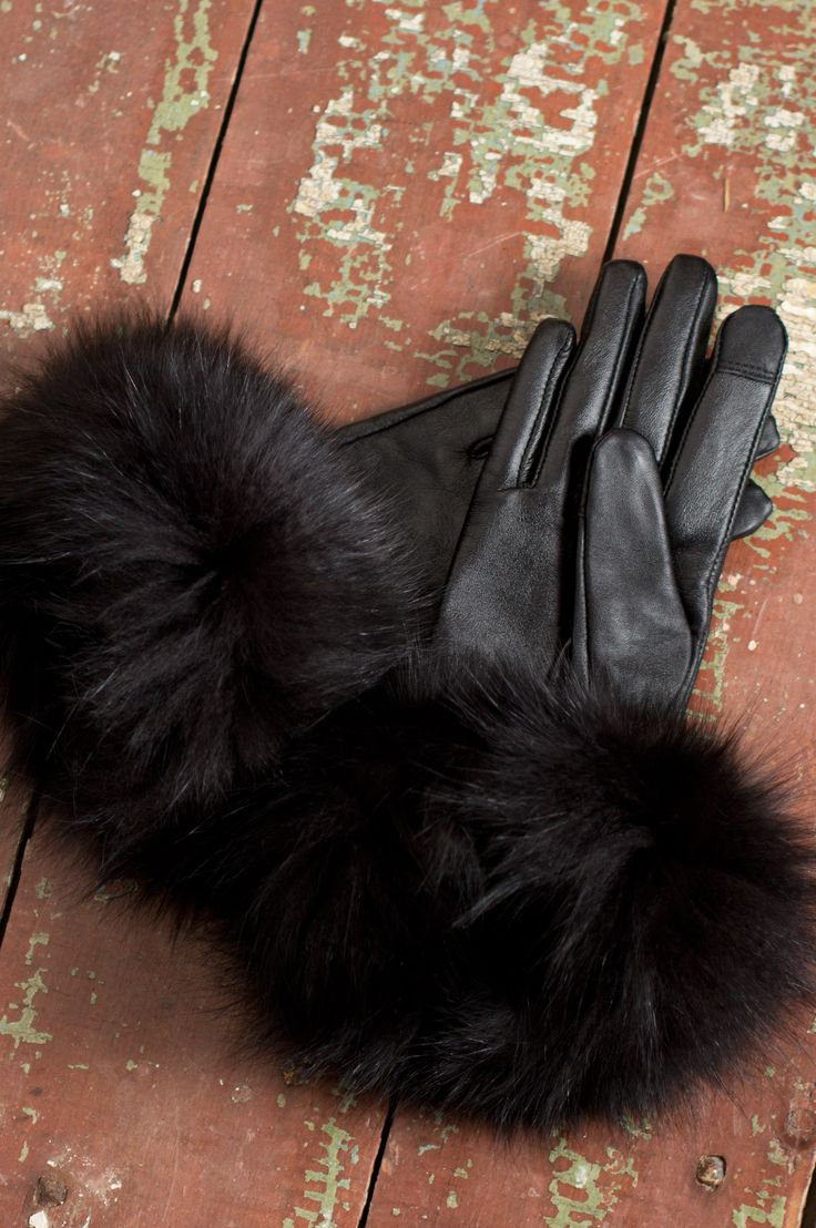 Black gloves with leopard trim - Touch Tech Lambskin Leather Gloves With Fox Fur Trim 74237