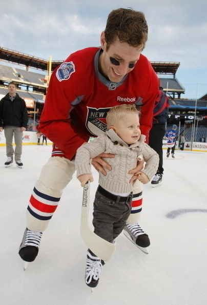 New York Ranger Dan Girardi teaches his adorable son Landon to Skate. | 50 Adorable Pictures Of NHL Players With Kids That Are Going To Melt Your Ovaries