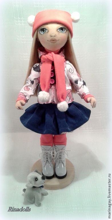 """Купить Текстильная кукла """"Кира"""" - текстильная кукла, кукла на прогулке, девочка с собачкой, сине-розовый"""
