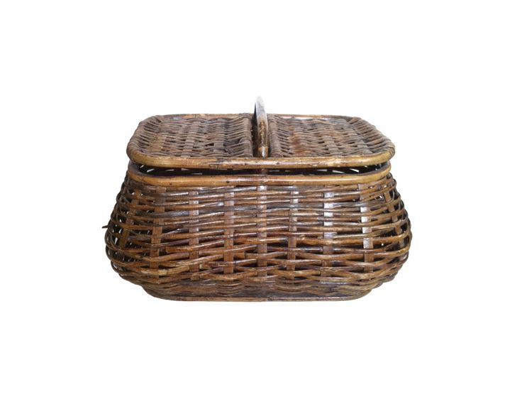 $40 Vintage Basket Sewing Basket With Lid Rustic Picnic Basket With Hinged Lid Woven Basket Reed Mid Century Basket Storage Rustic Home Decor by LastTangoVintage on Etsy