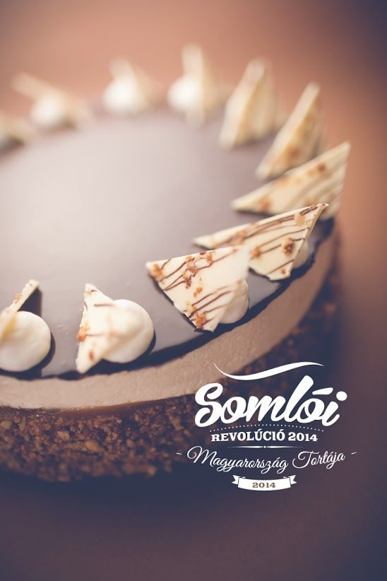 A somlói revolúció Magyarország tortája 2014-ben – A tortát árusító cukrászdák…