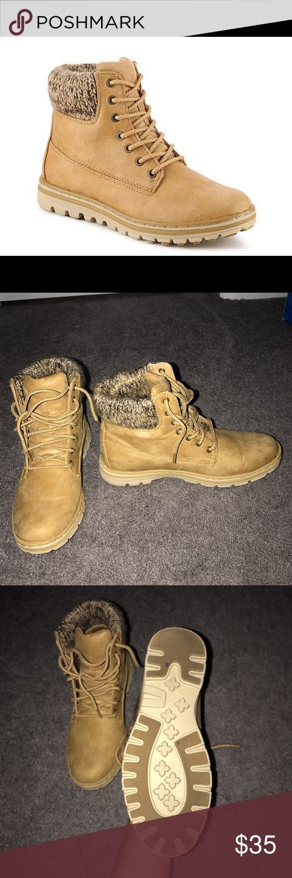 NWOT cliff boots, price is negotiable Worn once for a few hours, in brand new condition! Timberland for exposure but they look like timberlands. Super cute for winter with knit socks! Women's size 8. Price is not firm! Timberland Shoes Winter & Rain Boots