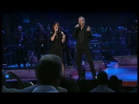 Neil Diamond - Song sung blue 2008    Released 1972    Live at Madison Square Garden, New York City,  here together with Linda Press    Song sung blue  Everybody knows one  Song sung blue  Every garden grows one    Me and you are subject to the blues now and then  But when you take the blues and make a song  You sing them out again  Sing them ou...