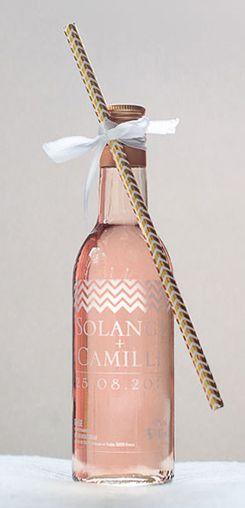 Mignonnette de rosé personnalisée mariage - modèle chevrons #cadeaux #invités #vin #honneur