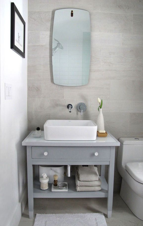 Step-by-step instructions on how to transform an old desk into a bathroom vanity from @TheDesignerPad Via MyColortopia.com