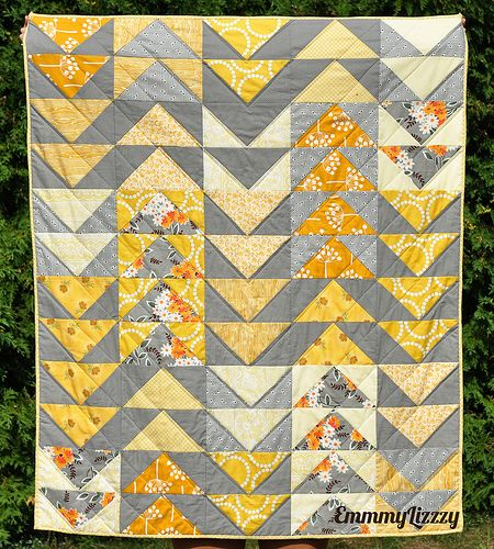 Flying geese in grey and yellow by emmmylizzzy, via Flickr