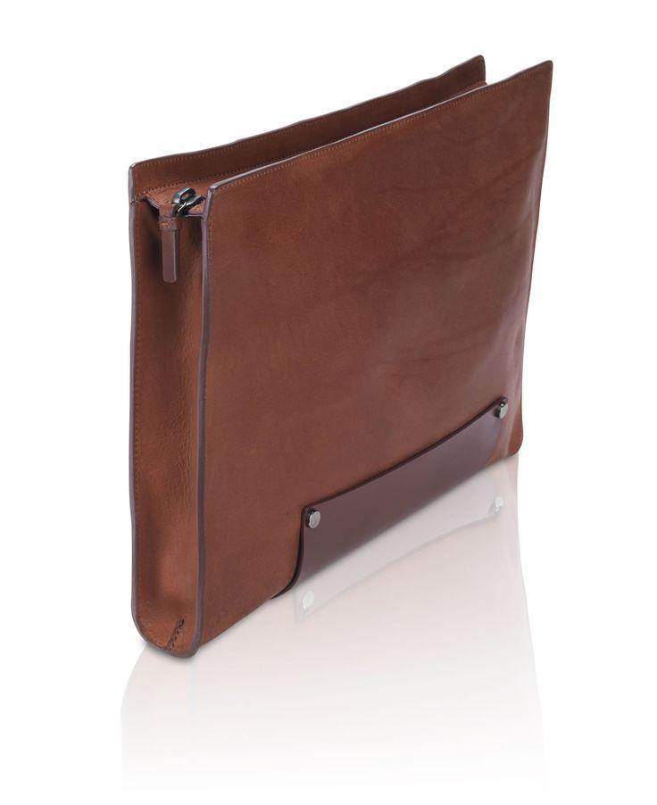 Stunning leather portfolio | Raddest Men's Fashion Looks On The Internet: http://www.raddestlooks.org