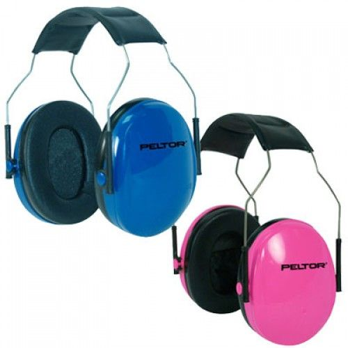 Minimize noise and maximize concentration with our noise reduction headphones sized for kids' ears. Lightweight yet powerful, these headphones block out extraneous noise but still allow kids to hear nearby conversations and participate in their surroundings. Noise reducing ear muffs are great for kids with auditory defensiveness as well.