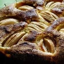 Schweizisk äppelkaka - Recept - Tasteline.com