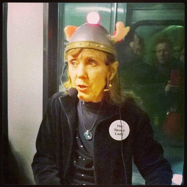 #SpaceLady 🚀 #peace ✌ #imagine #streetmusic #music on #tram #Helsinki #Finland 19.3.16