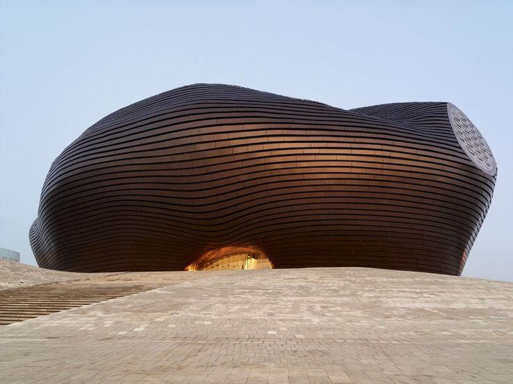 オルドス博物館 中国の現代建築アートが集約された凄すぎる名建築7選