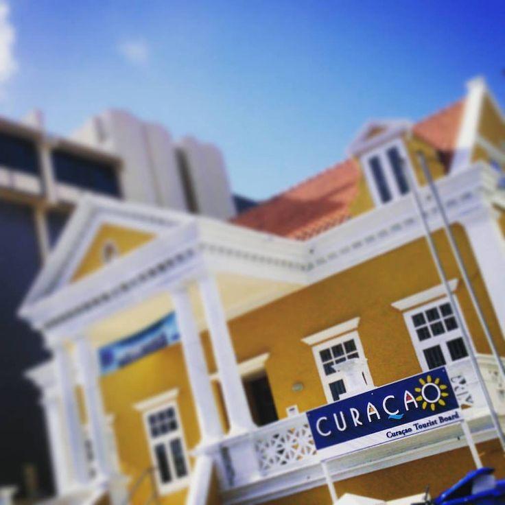 https://flic.kr/p/KKG6GV | #Randomness: 27  Curaçao Tourist Board  (#Willemstad,#2015)   #pietermaai,#Curaçao,#Oldandnew,#larkfilter,#TiltShift,#Vignette,#Unesco,#Caribbean,#Dutch,#travel,#2016   Made with: #sonyxperiaz  (BY: #KJVW 2015-2016)   #Beentheredonethat