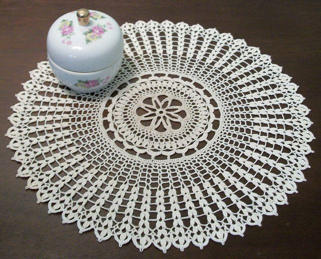 Irish Doilies Crochet Free Patterns : Free Irish Crochet Patterns Doilies images