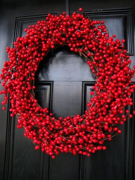 Cranberry WreathChristmas Wreaths, Contemporary Outdoor, Black Doors, Cranberries Wreaths, Front Doors, Christmas Decor, Autumn Wreaths, Christmas Ideas, Holiday Decor