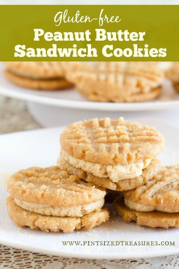 These cookies are for peanut butter lovers! Much better than the floury version. These cookies are naturally gluten-free and pack a lot of flavor! Super easy and yummy! #gluten-free #peanutbutter #cookies