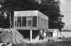 Alison & Peter Smithson's Upper Lawn Pavilion