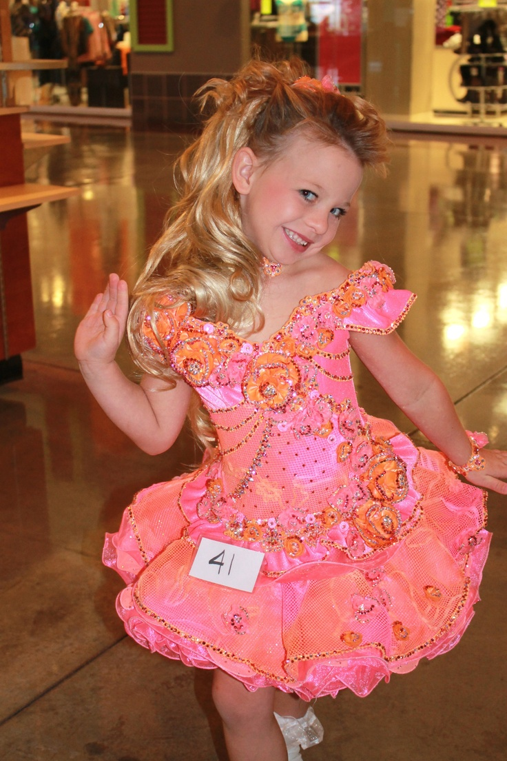 8 best pageant dress images on Pinterest   Pageant gowns, Pageant ...