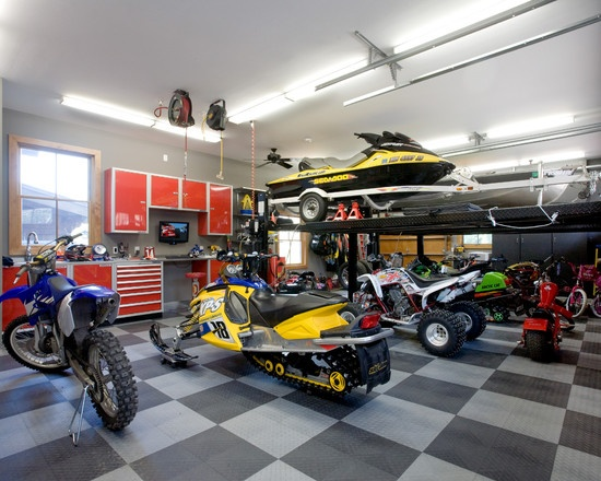 17 best images about garage workshop ideas on pinterest for Garage interieur