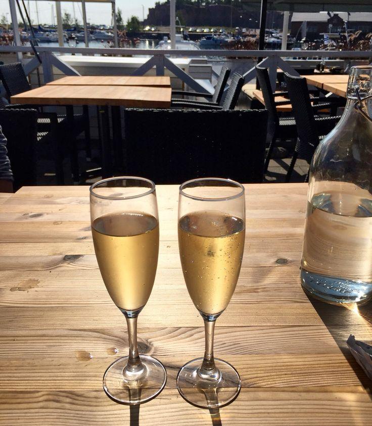 Veuve Cliquout champagne in Hanko