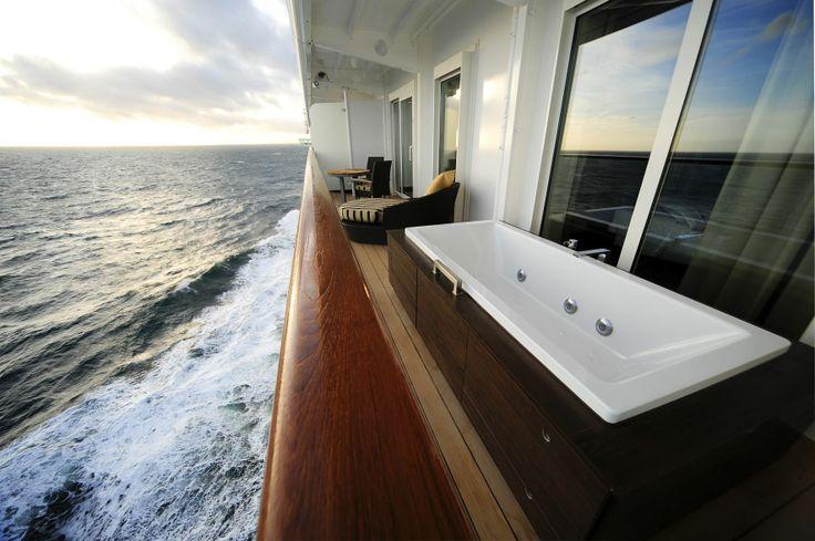 Celebrity #Cruise Conoduo Turbo Whirl system #Travel #Bathtub