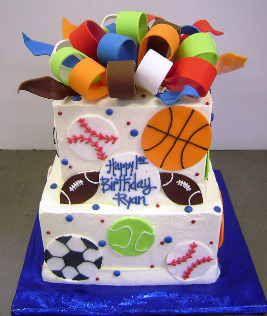 Sports birthday cake by The West Side Bakery via Flickr Sport