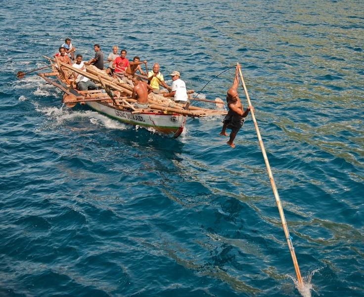 "Inilah ""Lamalera Whale Hunters"". Ya, sudah sejak dulu masyarakat Lamalera, di Nusa Tenggara Timur, yang sebagian besar adalah nelayan, dikenal sebagai penangkap ikan paus secara tradisional."