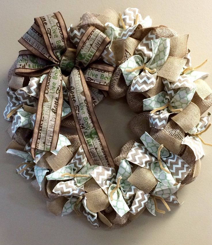 Wreath it! Cabin Burlap Wreath Wall Hanging-Natural Burlap, Sage or Moss Green - Made with our patent pending Wreath it! base