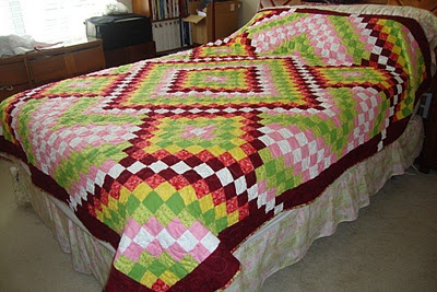SPRING CHECKS  Queen Size Bed Quilt. Machine Pieced and Machine Quilted.  QUILTS BY MARISELA