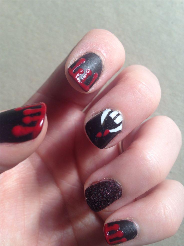 Vampire nail art for short nails