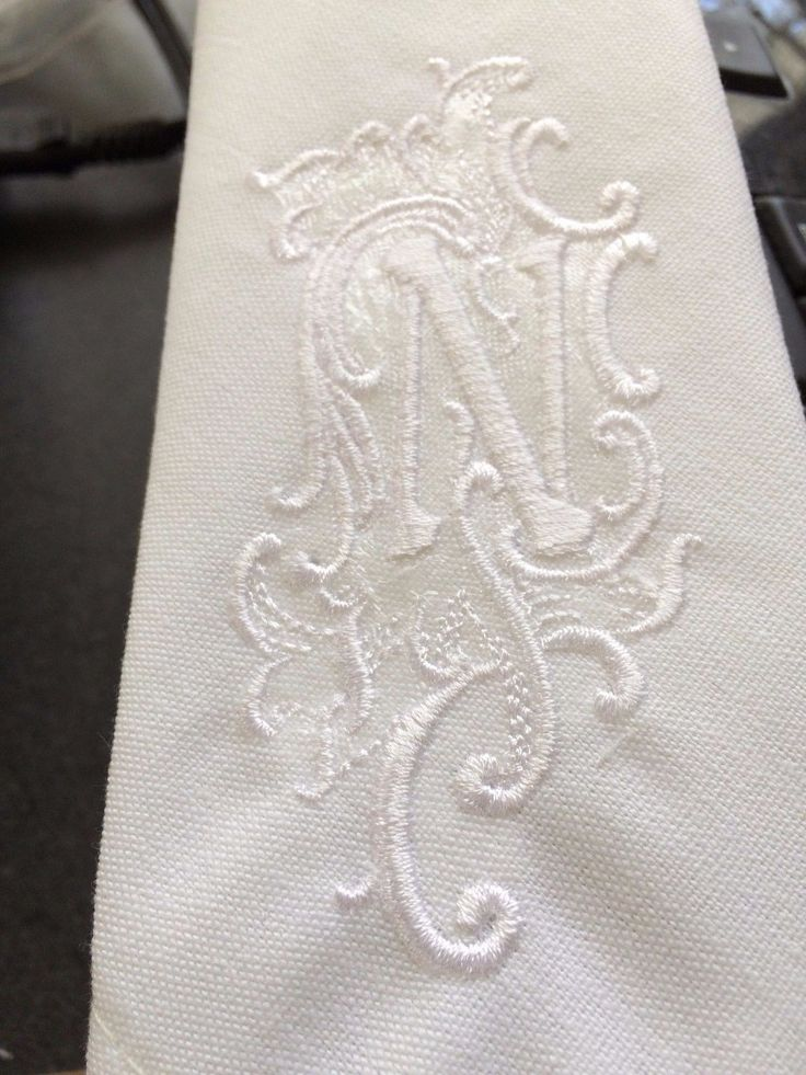 Unique Wedding Embroidered Linen Dinner Napkins 4 Monogrammed  in Collectibles, Linens & Textiles (1930-Now), Table Linens, Napkins | eBay