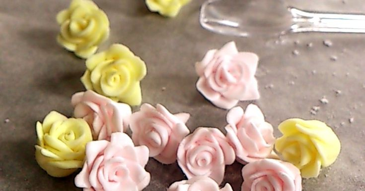 マシュマロフォンダンで簡単バラとお花♡ by ■ゆいちゃ■ [クックパッド] 簡単おいしいみんなのレシピが259万品
