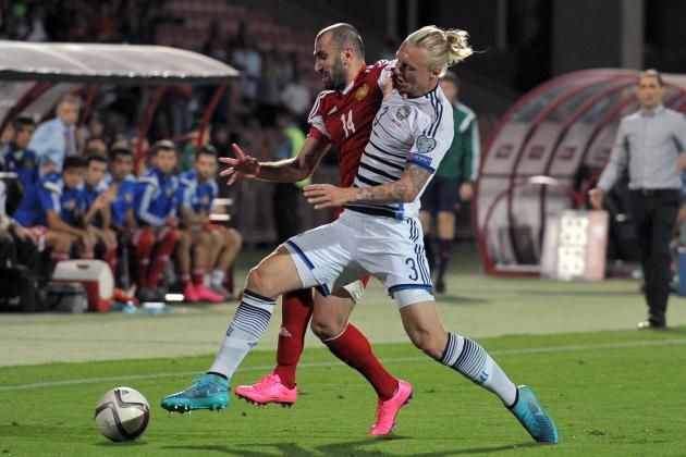 #rumors  Transfer news: Marseille chasing Chelsea and Manchester United target Simon Kjaer