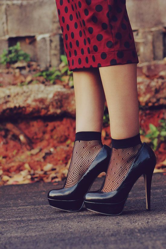 socks and heels, but not in a cutesy way. #HUELovesShoes; get the look with #HUE okaylol!