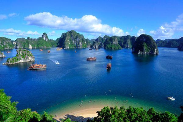 ハロン湾(Ha Long Bay)