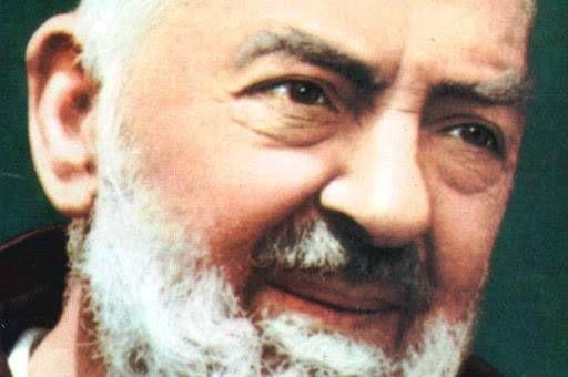 """10 ensinamentos de Padre Pio para """"sacudir"""" suavida"""