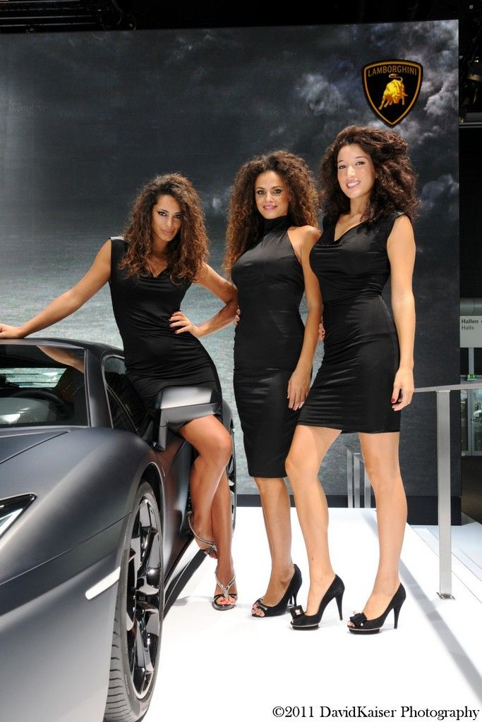 http://fancytuning.com/wp-content/uploads/2011/10/lamborghini-car-girls-at-frankfurt-motor-show-16.jpg