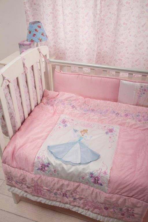 Disney Princess 4 Piece Crib Bedding Set Unisex Crib