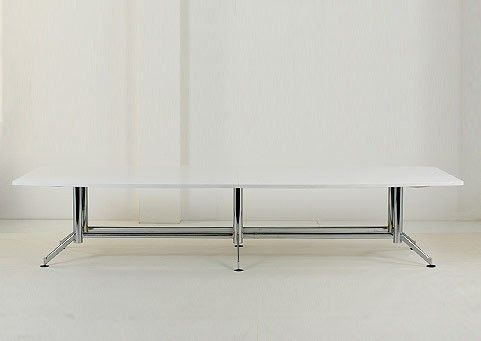 Clean-lined and elegant, the Samson 6 Stem table is ideal for use in the boardroom or meeting room.