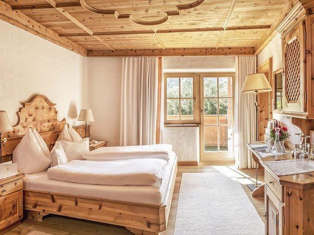 Pin Von Luksdecor Auf Alpine Country House Doppelzimmer Minibar Zimmer