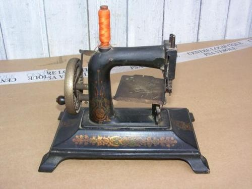 54 best s machine other sewing machine images on for Machine a coudre kohler ancienne