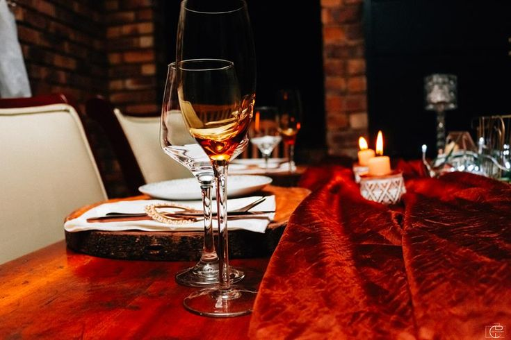 African Romance - A touch of wood, some wine, candlelight and it's all LIT from there on #thechicconnectiveevents #thechicconnective #romance — with Jabu Rakgoale in Kempton Park, Gauteng.