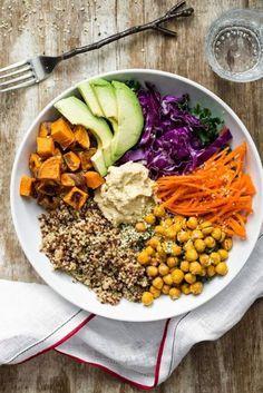 Buda tigela de quinoa e grão de bico