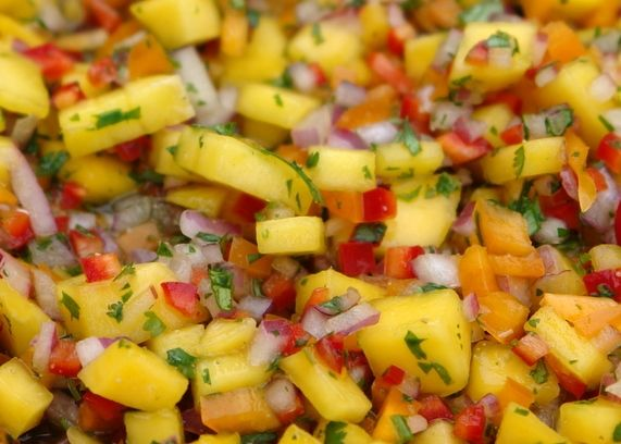 Who doesn't love mangoes? I would have never thought I would enjoy mangoes in a salad, but when I tried it I couldn't stop eating it! Mangoes and a tad bit of spice...OOO WEEE Yummy! Mango Salad Se...