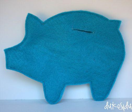 simple easy-to-sew felt piggy bank