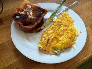 Diary of a Sauce Pot: Rachael's Recipes - Ham & Blue Cheese Omelette