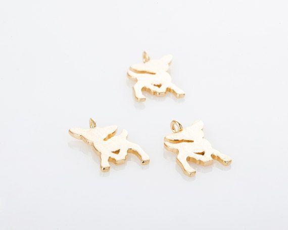 P0528-SMG ================================================= Satin Hirsch Bambi Halskette Armband Anhänger Matt vergoldet === Informationen Posten === Messung: 8 x 10 mm Material: Messing Farbe: Matt Gold Menge: 2 Stück Her...