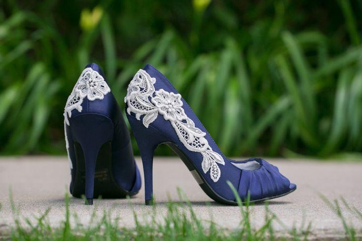 Zapatillas azul marino con aplicación