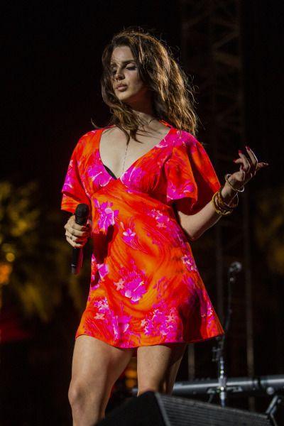 Lana performing at 'Coachella', California (Apr. 13, 2014)